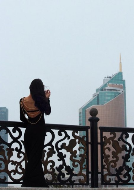 Эвика образ №3 (девушка в черном,5 фото)